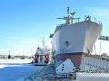 Pýcha amerického námorníctva sa zmenila na hanbu: Loď nakoniec museli odtiahnuť