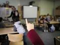 Ministerstvo školstva sa dohodlo s odborovým zväzom: Učitelia si prilepšia