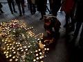FOTO Smútok v uliciach Tel Avivu: Pátranie po šialenom strelcovi bezvýsledné