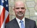USA je krajinou migrantov: A profitujeme z toho, odkazuje Slovákom americký diplomat