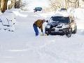 Snehová kalamita v USA si vyžiadala najmenej 19 obetí: V Ázii padajú 60-ročné rekordy