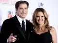 Hviezdny Travolta je ako voskový panák, no jeho žena... Vyzerá bo-hov-sky!