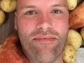 VIDEO Muž sa rozhodol pre šialenú diétu: Hazard so zdravím, celý rok iba na jedinej potravine!