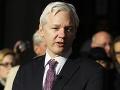 FOTO Kauza Assange sa ťahá i naďalej: Sexuálny útočník alebo obeť sprisahania?