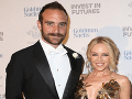 Táto kráska už viac nebude sama: Kylie Minogue sa zasnúbila!