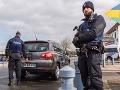 Vo Francúzsku zadržali desať ľudí, chystali útoky: Napojenie na pravicových extrémistov