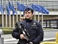 Brusel bojuje s terorizmom: Pätnásť podozrivých osôb má zmrazené účty