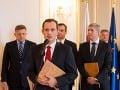 Čo nám taja? Obsah koaličnej zmluvy zostáva záhadou: Je to naša vec, odkazuje Maďarič