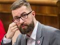 Slovensku hrozí medzinárodná hanba: Poslanec zverejnil vlhké VIDEO z parlamentu!