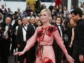 Kirsten Dunst je tiež členkou poroty a dala si na výbere outfitu záležať.