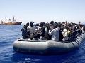 Po prevrátení sa dvoch člnov smerujúcich do Európy zahynulo pravdepodobne až 150 migrantov