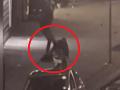Polícia zverejnila VIDEO brutálnej bitky na ulici: Agresor kopal mladíka do bezvedomia