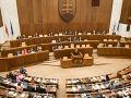 Najnovší prieskum parlamentných strán: Na prvom mieste Smer, KDH opäť v parlamente