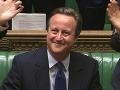 Priznanie expremiéra Camerona: Pred referendom o nezávislosti Škótska žiadal o pomoc kráľovnú