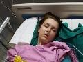 Dovolenka v Thajsku sa premenila na peklo: Tínedžerka (19) oklamala smrť, prežila nemožné