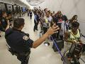 Falošný poplach spôsobil na letisku v Los Angeles paniku.