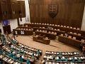 Akú nádej majú na Slovensku nové strany: Prieskum priniesol znepokojivé odpovede