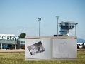 EXKLUZÍVNE po prvý raz: Nazrite do kroniky VIP hostí bratislavského letiska