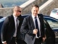 KORONAVÍRUS V karanténe sú po stretnutí s Macronom aj luxemburský a belgický premiér