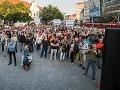 Na veľkom proteste sa diali veci: VIDEO Odhalení provokatéri, obvinenia v kauze centra hrôzy