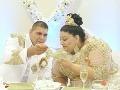 Rómska svadba, akú Slovensko ešte nezažilo: VIDEO Nevesta ovešaná päťstoeurovkami a zlatom