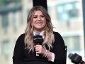 Kelly Clarkson prežila nočnú moru: Zlodeji sa dostali až do izby jej detí!