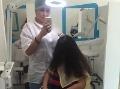 Kaderníčka zverejnila VIDEO najväčšieho hnusu, aký kedy videla: Vlasy školáčky - čistá liaheň!
