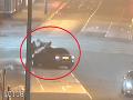Hanebné VIDEO, vodič úmyselne zrazil dvoch chodcov: Jeho dôvody vás poriadne vytočia