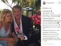 David Hasselhoff požiadal svoju lásku Hayley o ruku počas romantického pikniku.