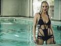 Markéta Konvičková predviedla v novom videoklipe perfektnú figúru a sexi plavkách.