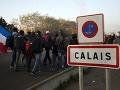 FOTO Tvrdá rana pre utečencov: Začala sa likvidácia tábora pri Calais