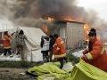VIDEO Likvidujú ďalší tábor vo Francúzsku: Tisíce migrantov presúvajú do ubytovní