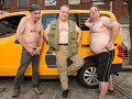 FOTO Dámy, tak toto ste ešte nevideli: Taxikári odhalili pre kalendár svoje telá, UFF!