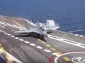 Nový ruský Mig sa zrútil do mora: Pri pristávaní na loď Admirál Kuznecov mu zlyhali oba motory