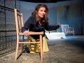 Alena Ďuránová v slovenskej premiére najúspešnejšej írskej hry roku 2008 z pera Ellaine Murphy na Malej scéne Štátneho divadla Košice.