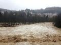 Meteorológovia vydali najvyššiu výstrahu: Vo viacerých okresoch hrozia povodne!