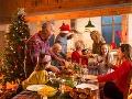 Svet oslavuje Vianoce: Pre kresťanov narodenie Ježiša Krista v Betleheme, sviatky pokoja a lásky