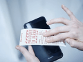 VIDEO Kuriozita na letisku v Tokiu: Smartfóny dostali svoj vlastný toaletný papier!