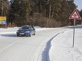 Vodiči, zbystrite pozornosť: Cestári informujú o komplikáciách na týchto cestách