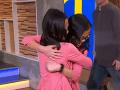 Sestry dvojičky o sebe celý život nevedeli: VIDEO ich prvého stretnutia