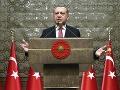 Turecko prechádza zásadnými zmenami: Novú ústavu upravili ďalšie články
