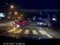 Vodič blokoval sanitku s majákmi: VIDEO Záchranár sa neudržal a vybuchol, toto nechcite počuť