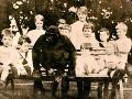 Neobyčajný život gorily na FOTO, ktorú si adoptovali dedinčania