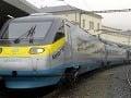 Opití Briti opäť vyčíňali: Na štyri hodiny zablokovali vlak Eurostar