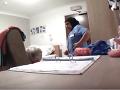 VIDEO hyenizmu od opatrovateľky: Za to, čo spravila babičke trpiacej demenciou, by ste ju...