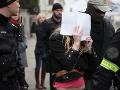 Sheila pomočila korán a postarala sa o hanbu pre Slovensko: Jej prípad sa vracia na súd
