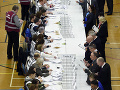 Doplňujúce parlamentné voľby v Británii priniesli výsledky: Zvíťazili konzervatívci