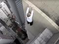 Najnebezpečnejšia ranná rozcvička na svete: VIDEO, pri ktorom budete potiť adrenalín