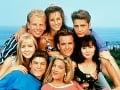 Hviezdy seriálu Beverly Hills 90210 kedysi.