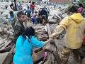 FOTO a VIDEO skazy: Obrovská tragédia v Kolumbii, pri zosuve pôdy zomrelo aj 43 detí